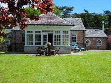 Pavilion cottage wheelchair accessible rental in dumfries - Swimming pools in dumfries and galloway ...