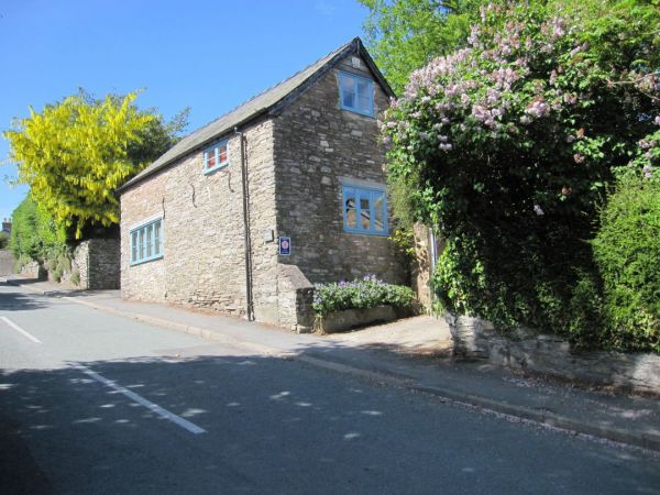 Dog Friendly Holiday Cottages In Devon And Dorset