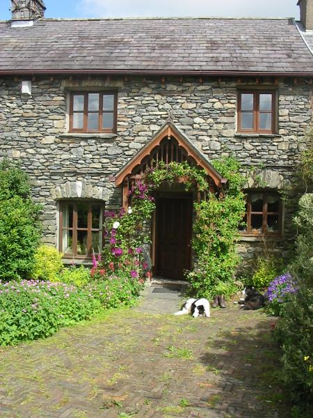 Curlew rise holiday cottage in the lake district sleeps - Luxury cottages lake district swimming pool ...