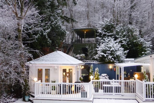Longtail lodge romantic log cabin in the lake district - Luxury cottages lake district swimming pool ...