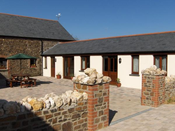 Courtyard Stables Wheelchair Accessible Cottage In
