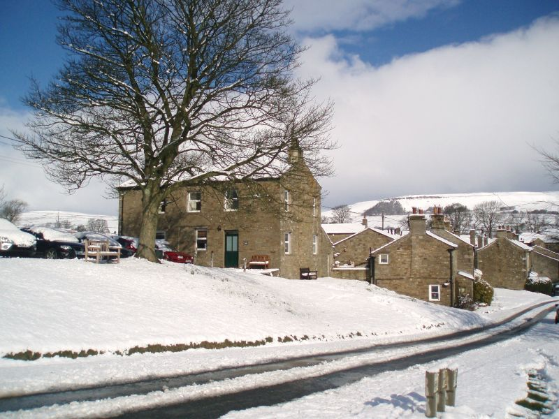 Cherry Bank Dog Friendly Cottage In The Yorkshire Dales