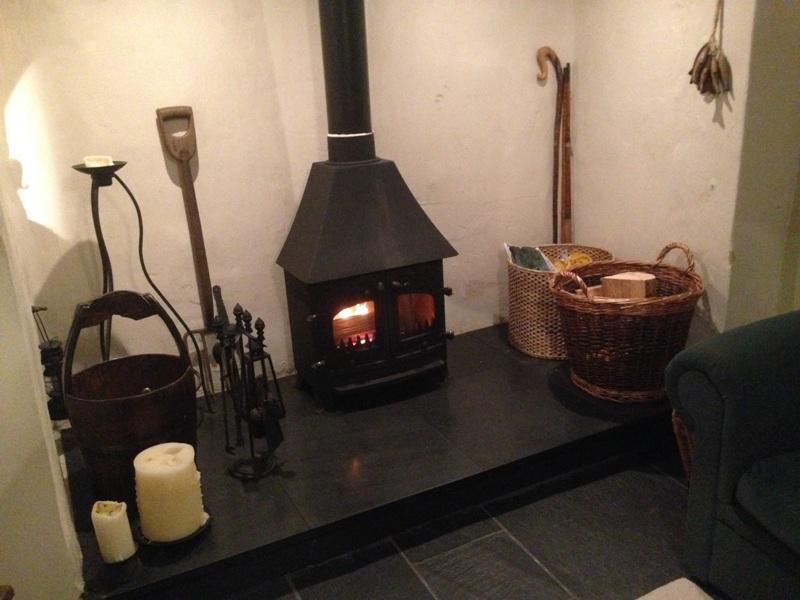 Bron Wylfa Cottage In Snowdonia Sleeps 5 Log Burner