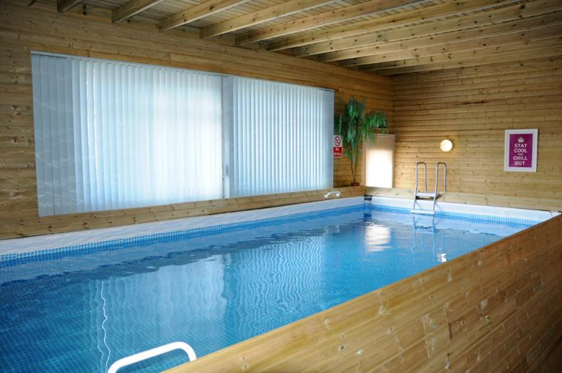 Stable cottage 4 bedroom holiday house in wrexham sleeps - Shrewsbury hotels with swimming pools ...