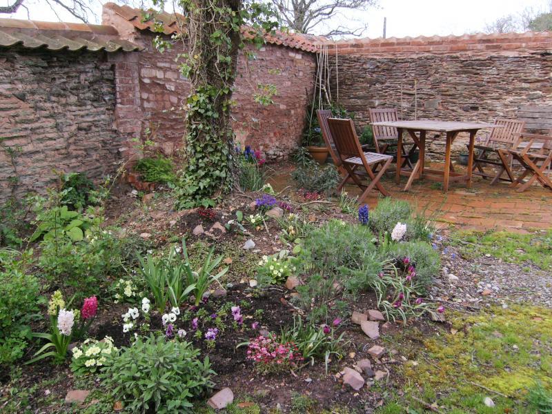 Is Hestercombe Gardens Dog Friendly