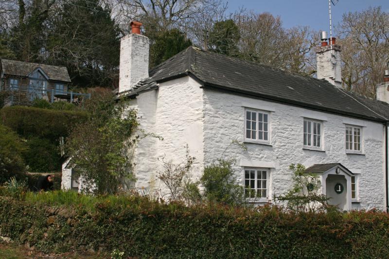 Greatwood Cottage Waterside Rental In Cornwall Sleeps 6
