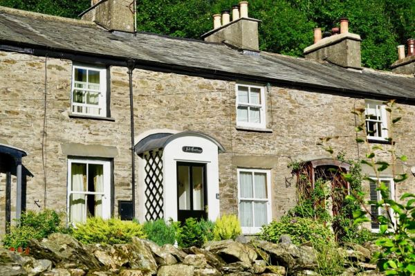 5189194a8a Fell Cottage