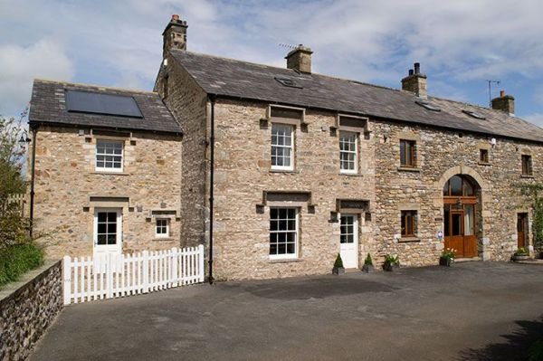 Warth House 4 Bedroom Home In The Yorkshire Dales Sleeps 9