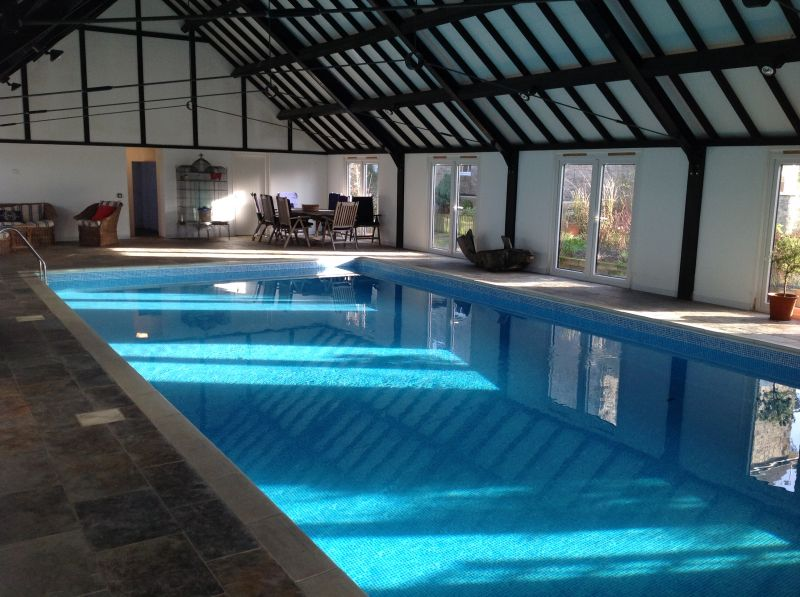 Swallows manor 8 bedroom mansion with hot tub in dorset - Dorset holiday cottages with swimming pool ...