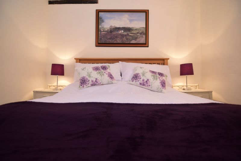 Lavender Cottage Thatched Holiday Retreat In