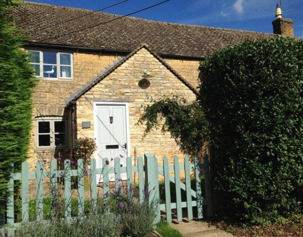 Cottages To Rent In The Cotswolds With Tubs