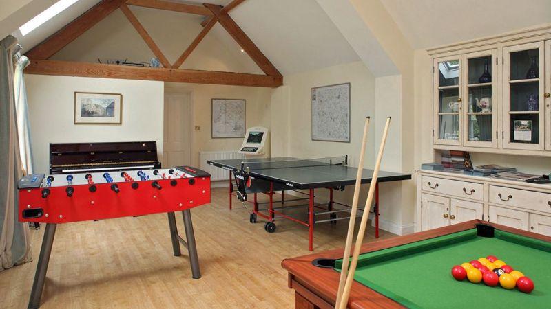 Cheltenham Luxury Cottage In The Cotswolds Sleeps 4 Pool