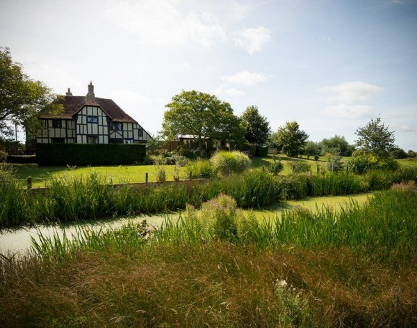 Pleasing The Mount 6 Bedroom Large Holiday Home In East Sussex Download Free Architecture Designs Scobabritishbridgeorg