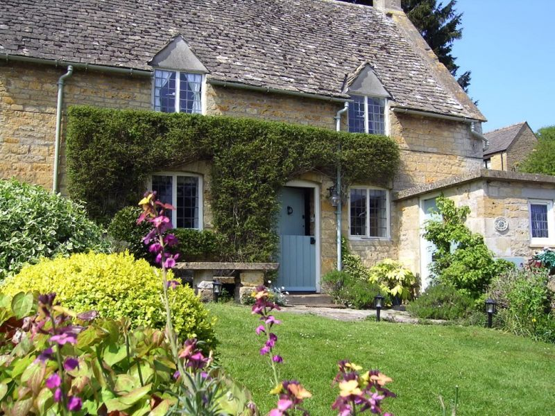 Slatters Cottage Romantic Retreat In The Cotswolds Sleeps 3
