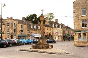Market square and historic cross in Stow-on-the-Wold